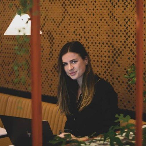 Julia Offinga